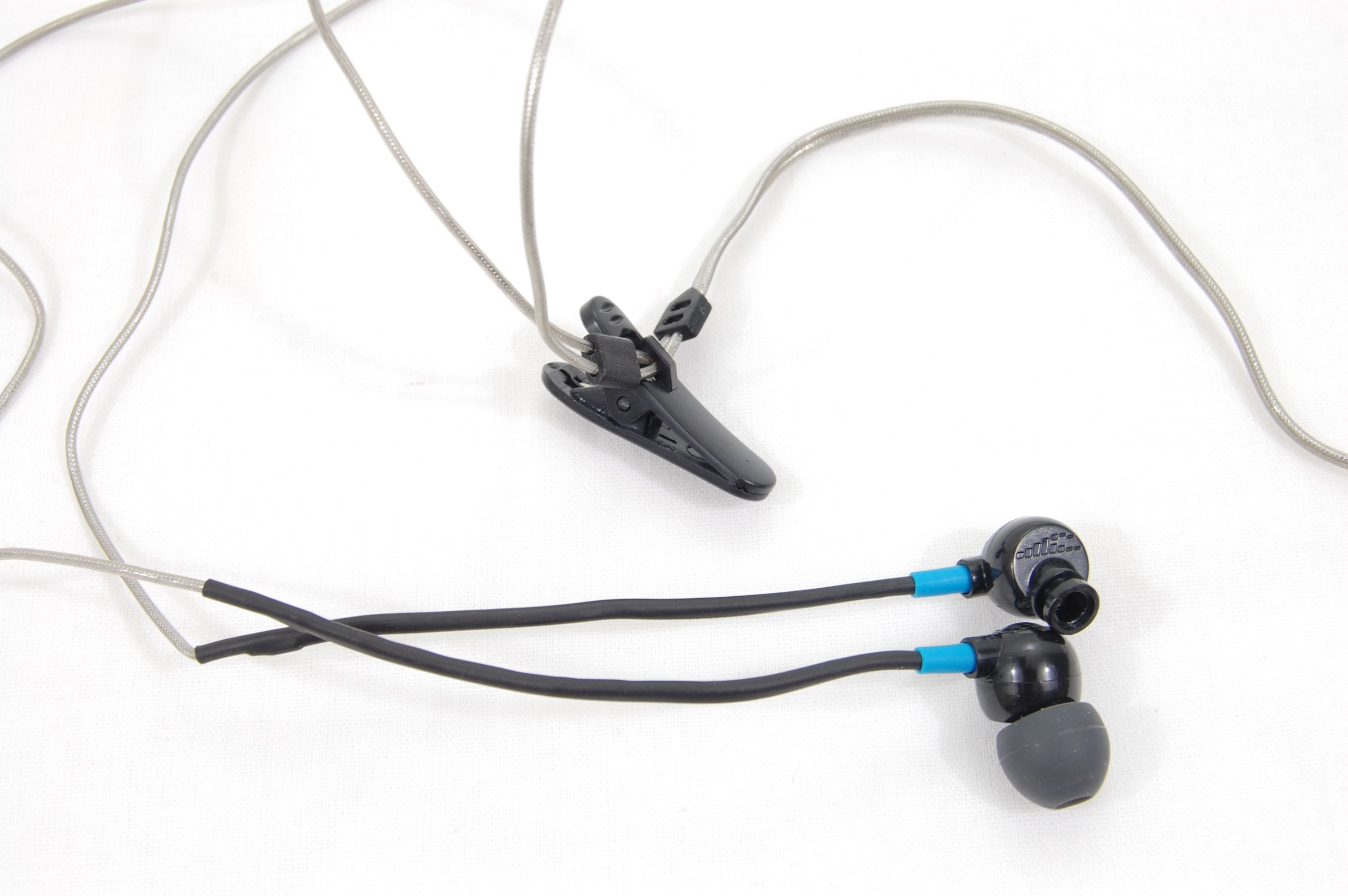 X-1 Trax Waterproof Custom Fit Earphones / Earbuds Review - Shirt Clip