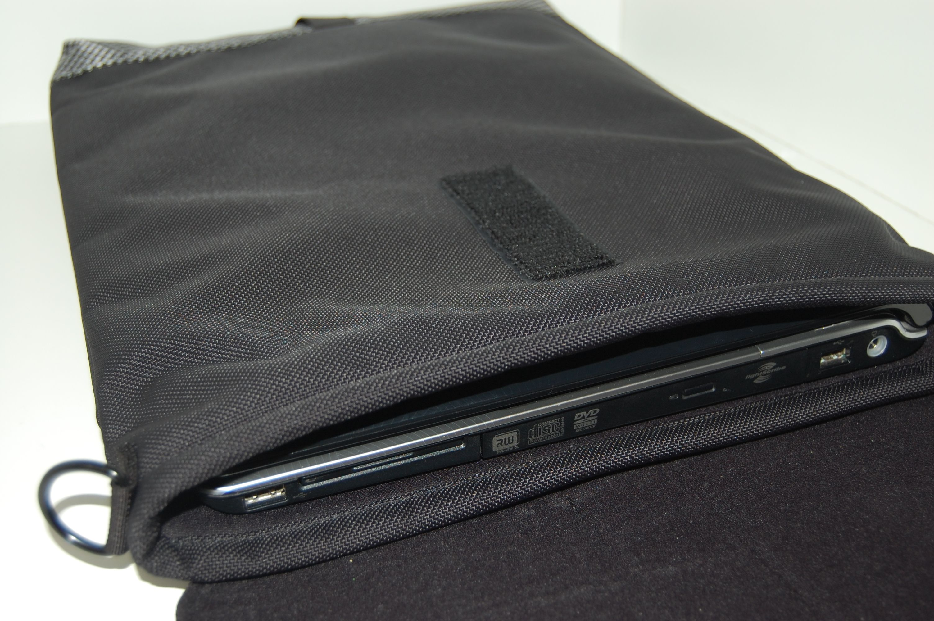 b_0_0_0_00_images_stories_bags_WaterfieldSleevecase_DSC_0754.JPG