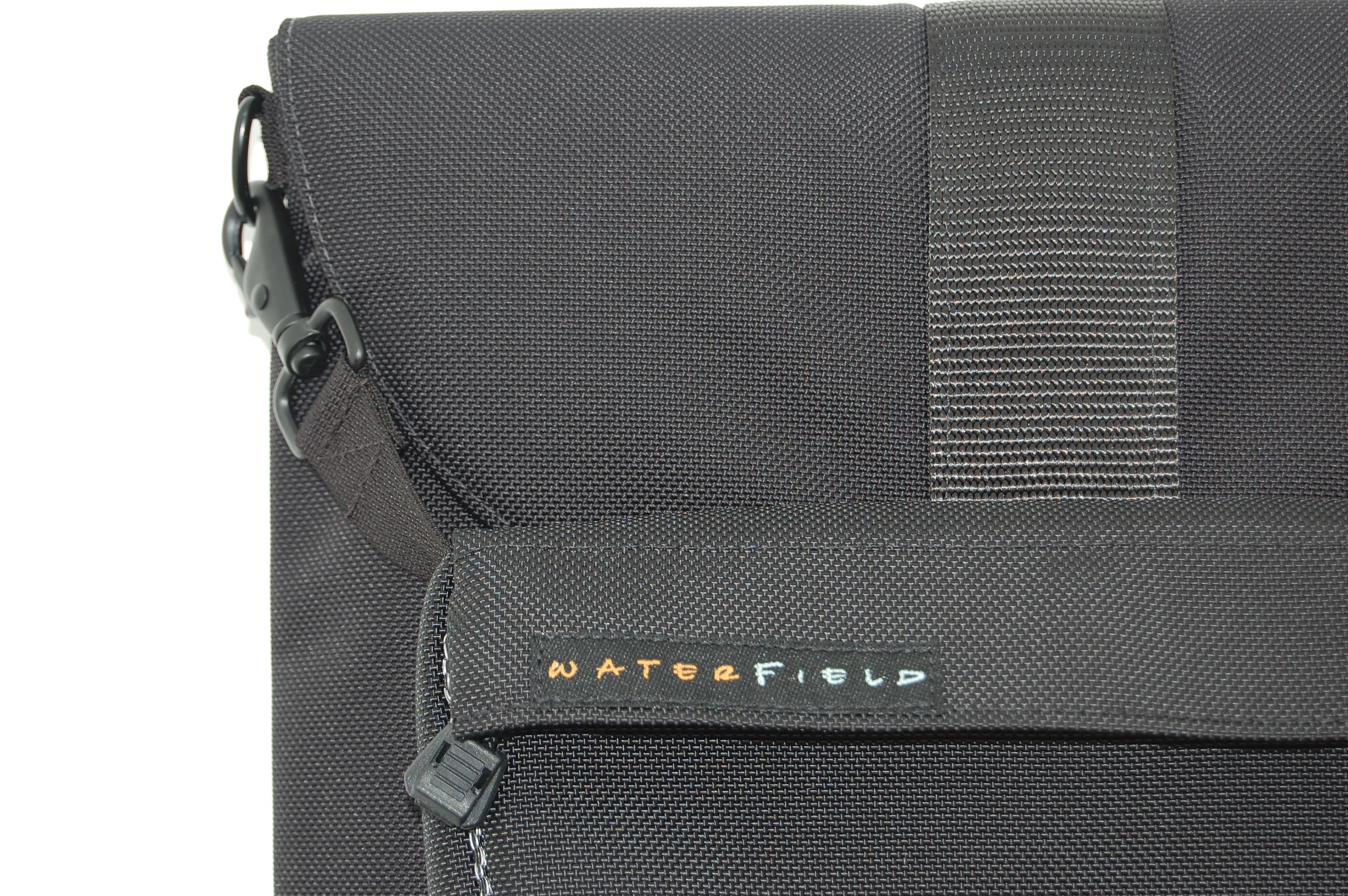 b_0_0_0_00_images_stories_bags_WaterfieldSleevecase_DSC_0756.JPG
