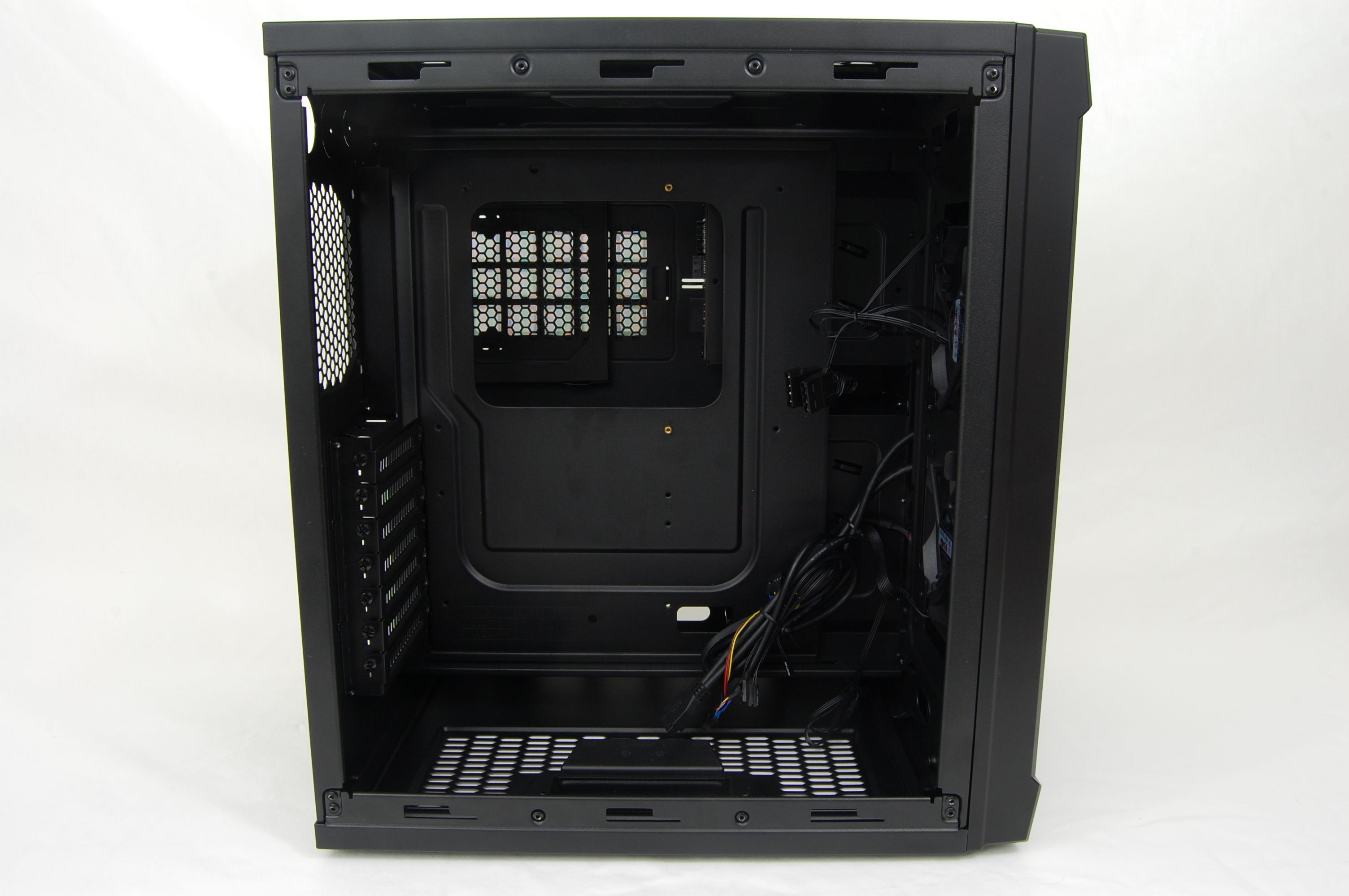 Cooler Master HAF XB LAN Case Open Side