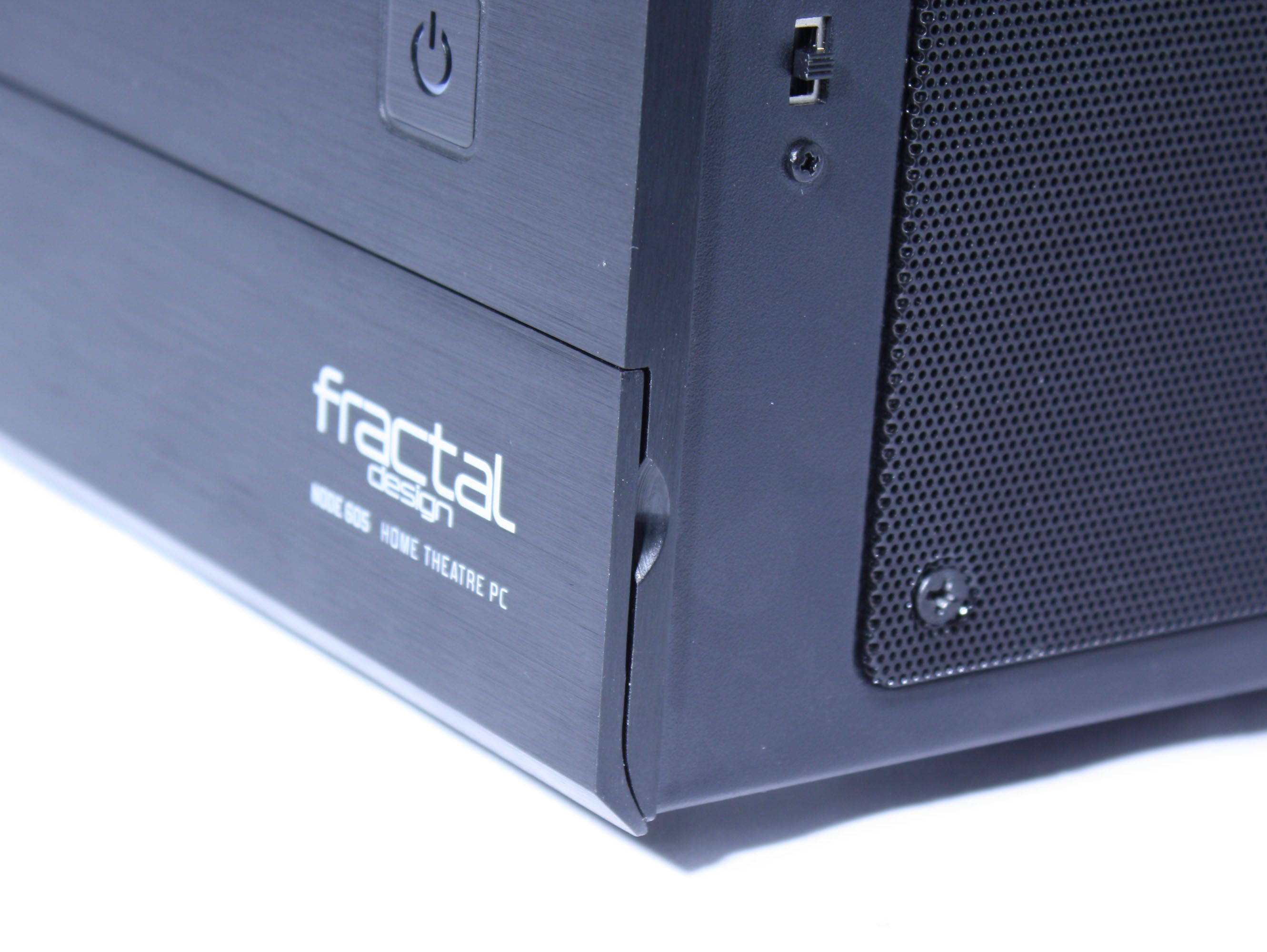 Fractal Design Node 605 Fan Control Switch