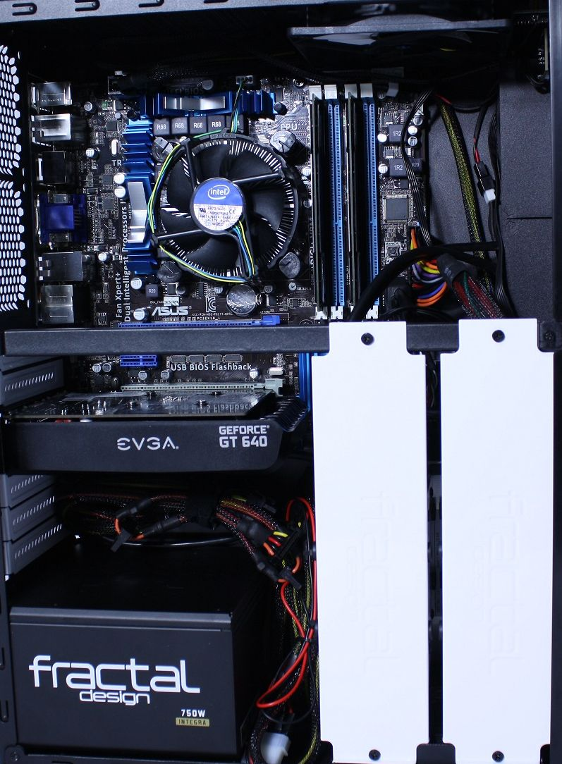Fractal Design Node 605 Splash Image
