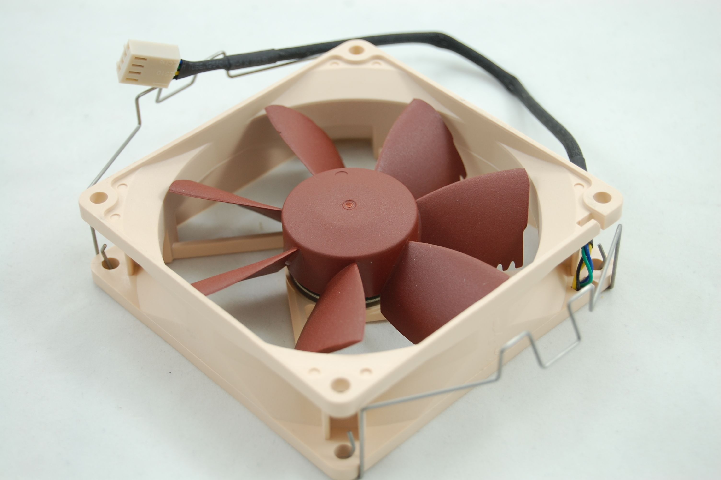 Noctua NH-L12 Small Fan