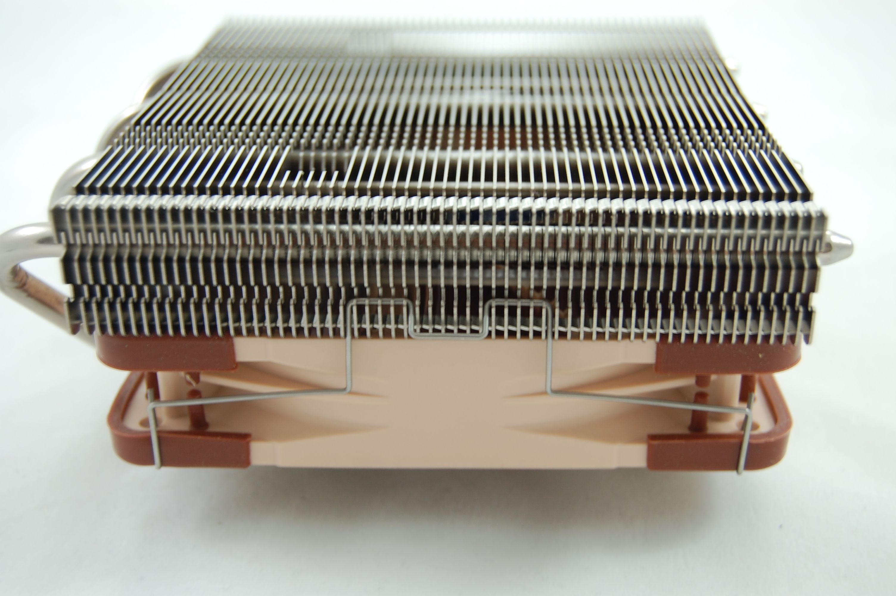 Noctua NH-L12 Side