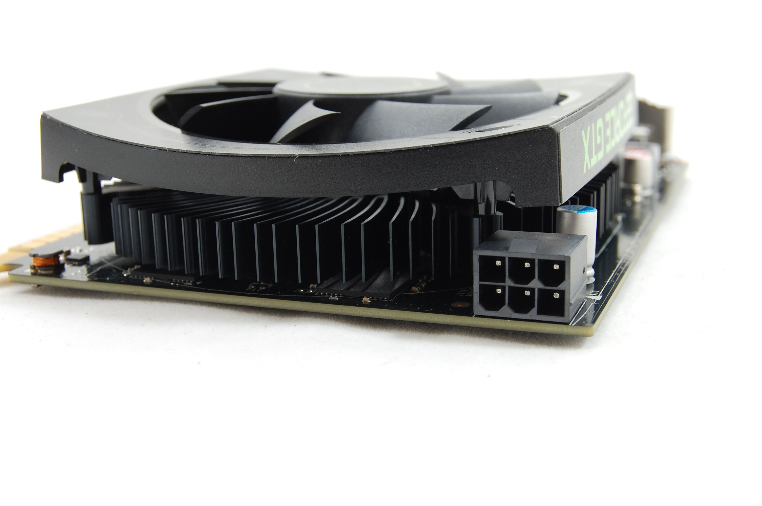 Nvidia Geforce GTX 550 Ti Power Port