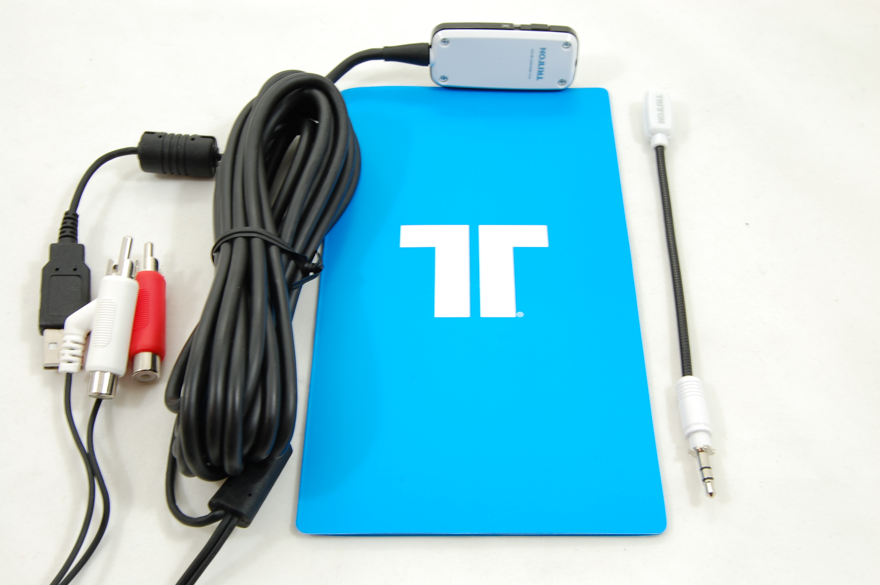 Tritton Kunai Accessories In The Box